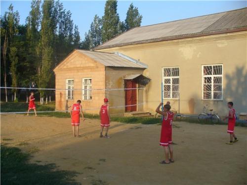 Спортивная площадка в с. Большая Неклиновка